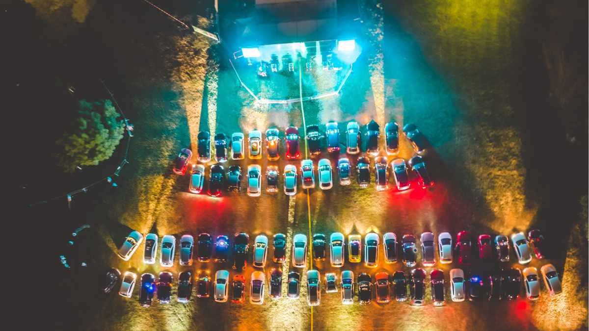 LaserFrame setzt bei den DRIVE.IN Concerts Monheim auf ELATION