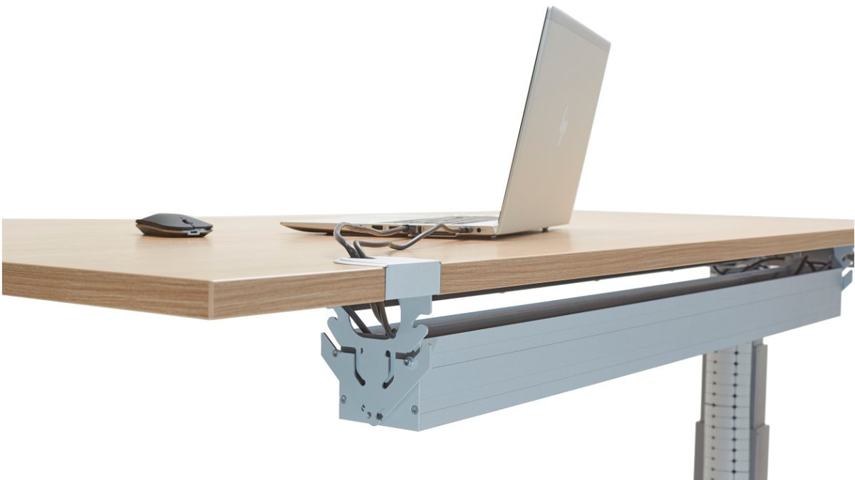 SOMMER cable präsentiert den Tischkanal SYSPORT