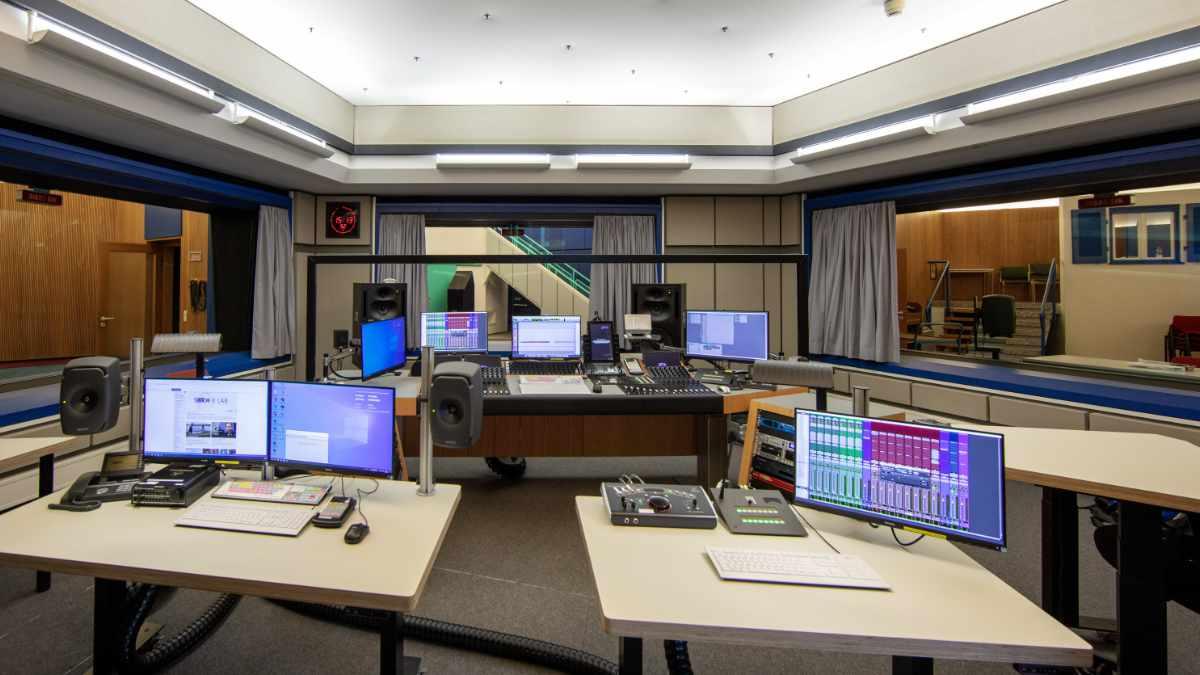 Broadcast Solutions erneuert die Technik im SWR Hörspielstudio 5