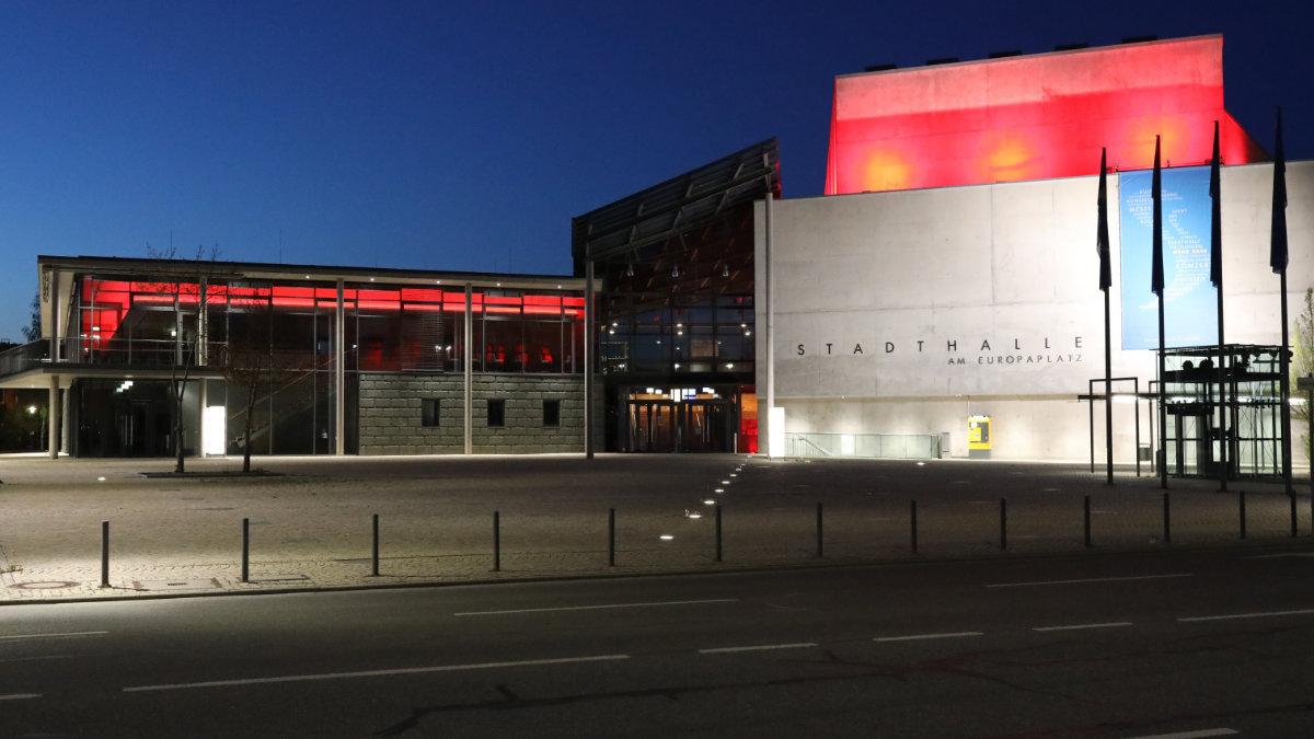 Die Stadthalle Tuttlingen wechselt mit ASC auf LED-Leuchtmittel