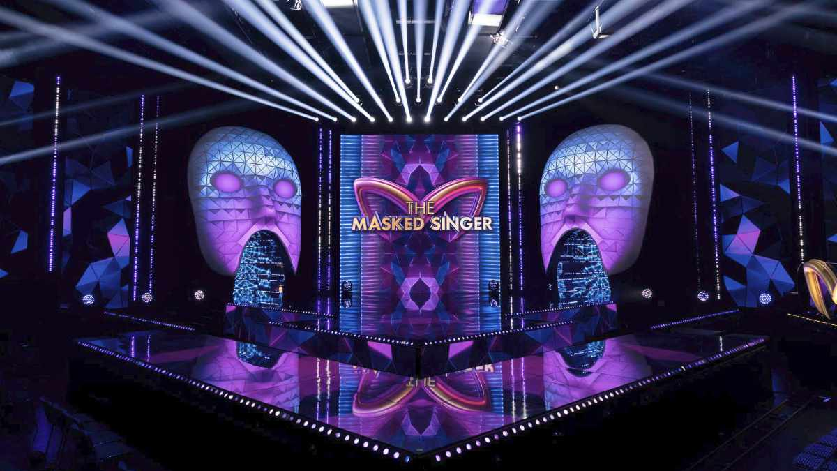 Never Fear Shadows beleuchtet The Masked Singer mit CHAUVET