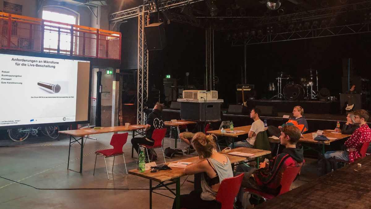 DEAplus startet Kooperationsprojekt step2future