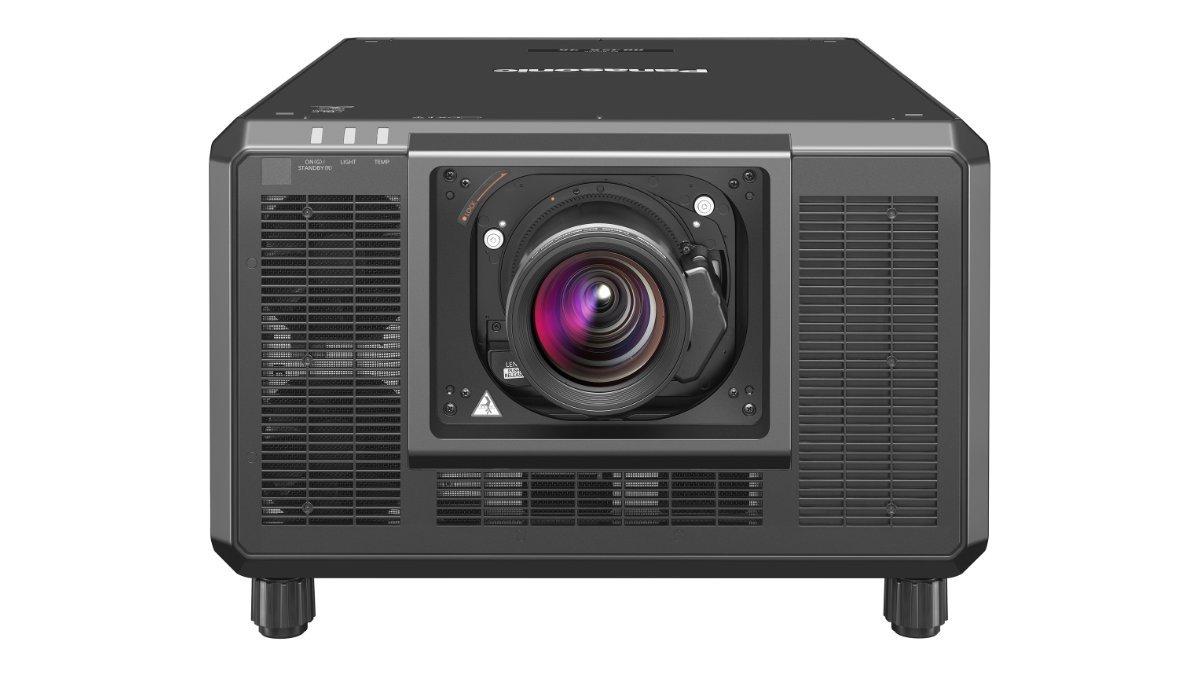 Panasonic präsentiert die Projektorserie PT-RQ35K