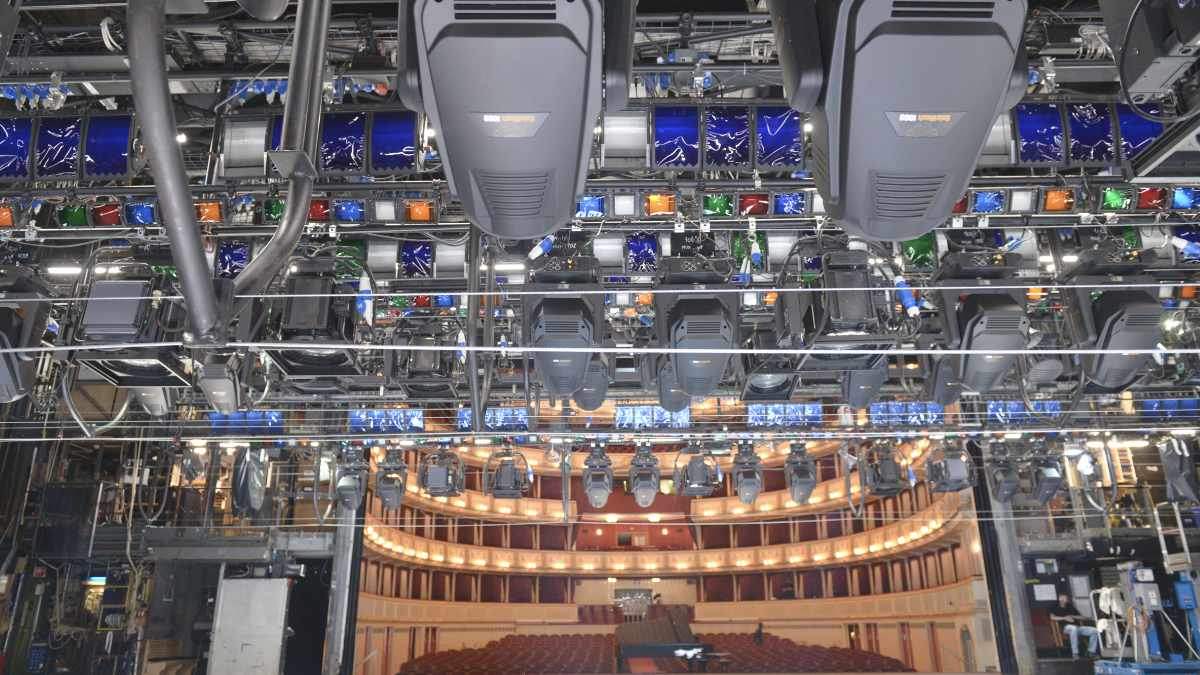 Preworks installiert LED-Technik von High End Systems in der Wiener Staatsoper