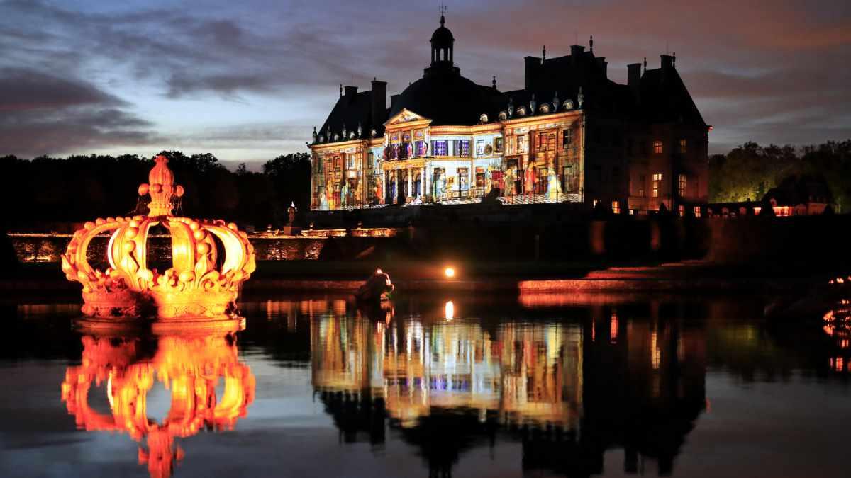BS Technology illuminiert Vaux-le-Vicomte mit Projektoren von Digital Projection