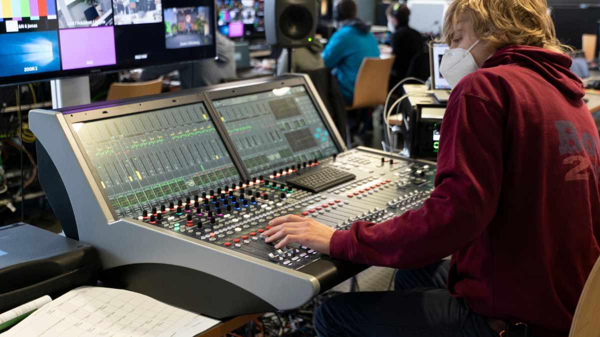 Lawo unterstützt virtuelle Erstsemesterbegrüßung der h_da Darmstadt