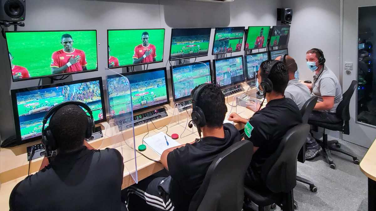 Broadcast Solutions liefert Video Assistant Referee (VAR)-Systeme nach Kamerun