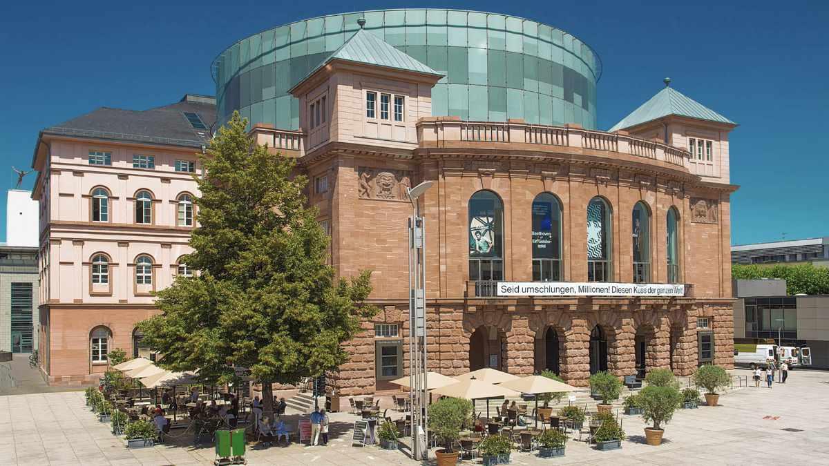 Staatstheater Mainz setzt auf Shure TwinPlex Lavaliermikrofone