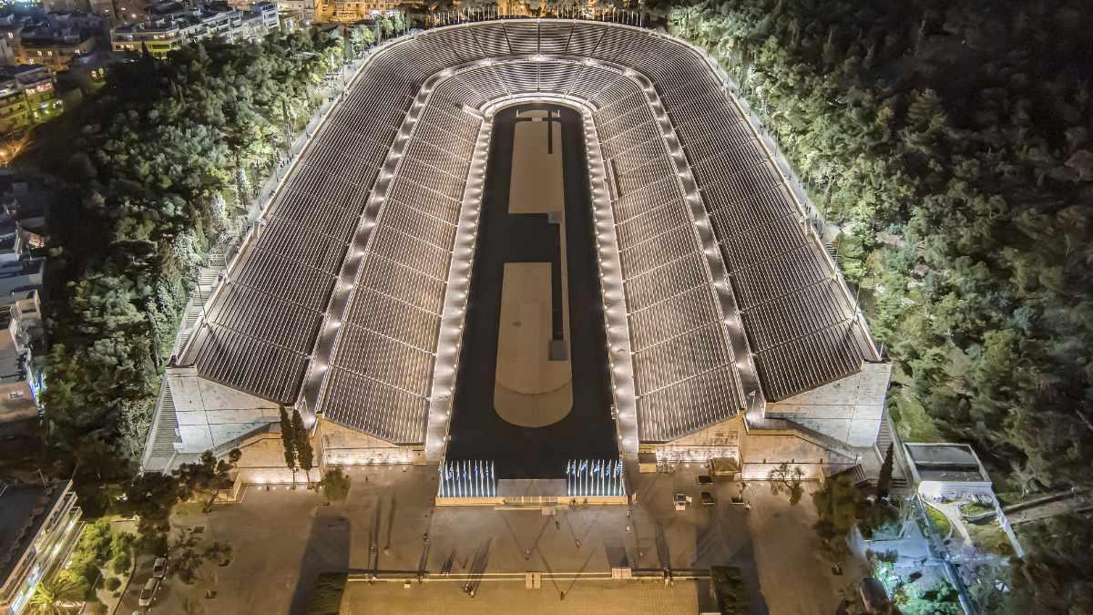 ELECTRON beleuchtet das Panathinaiko-Stadion Athen