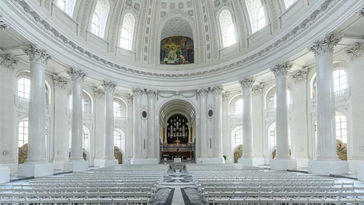 AVEO beschallt den Dom in St. Blasien mit Kling & Freitag