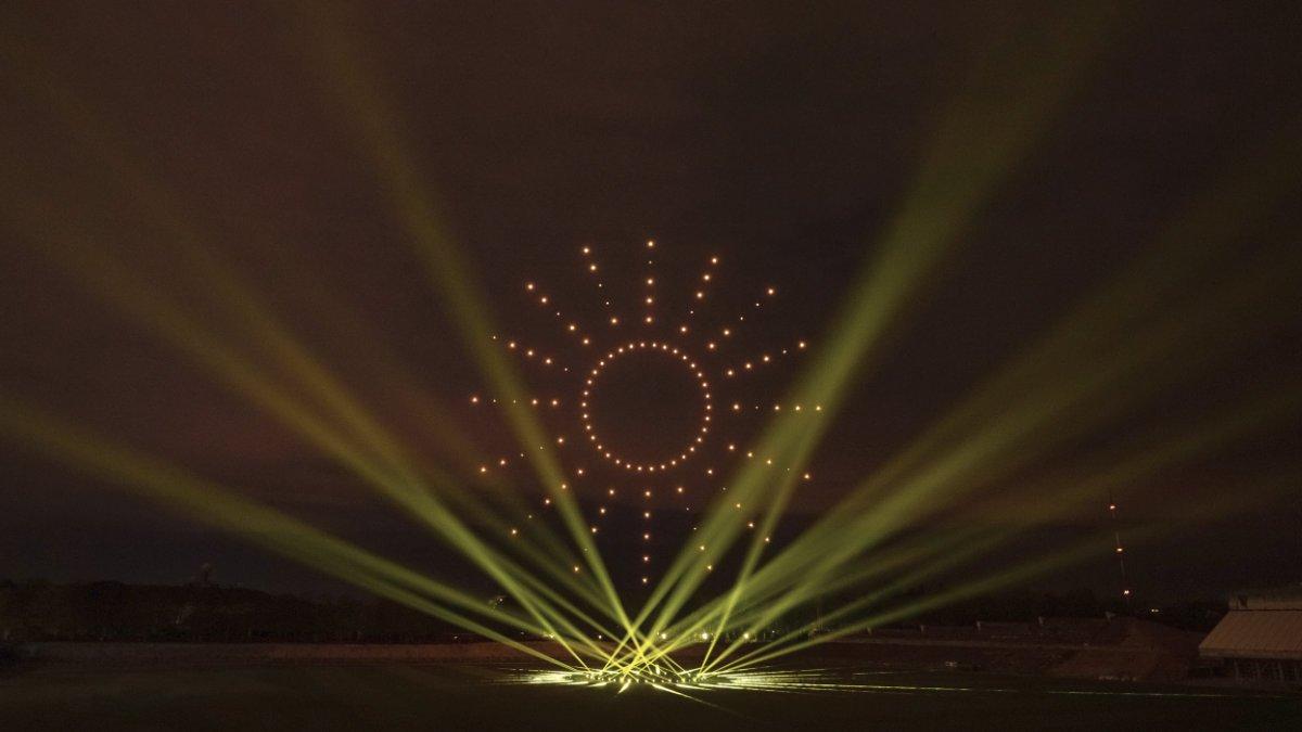 GLP Exo Beams beim Drohnen-Weltrekord in Berlin