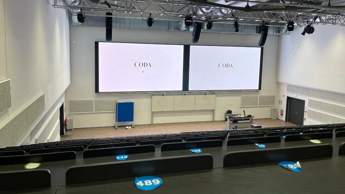 Die Universität Siegen installiert ein CODA Audio TiRAY-System