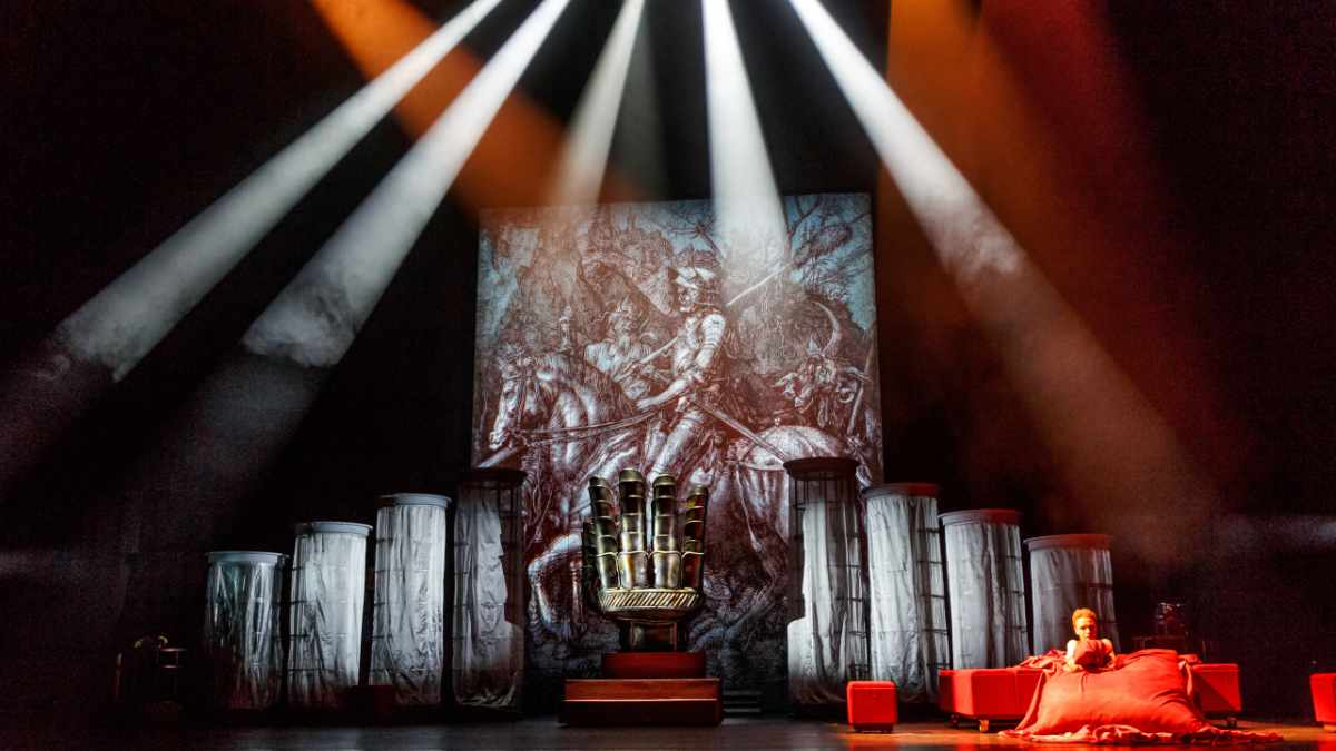 Das Irkutsk Academic Drama Theatre investiert in Digital Projection