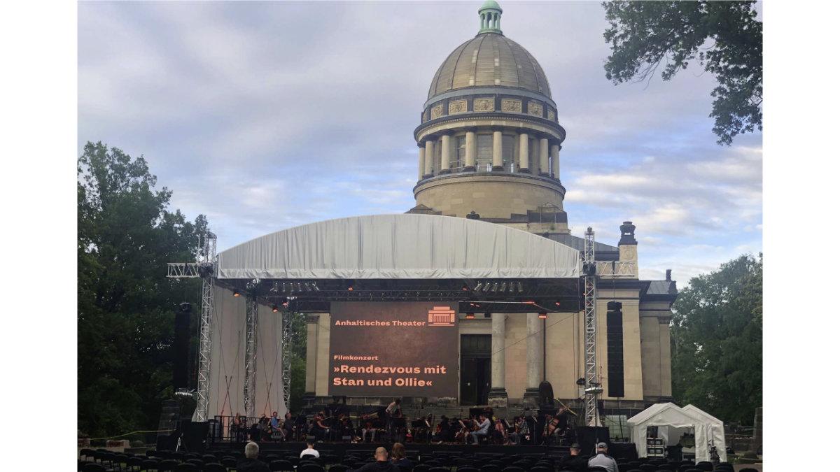 i:TECS baut Open-Air-Bühne aus LITECRAFT TRUSS für das Theater Dessau