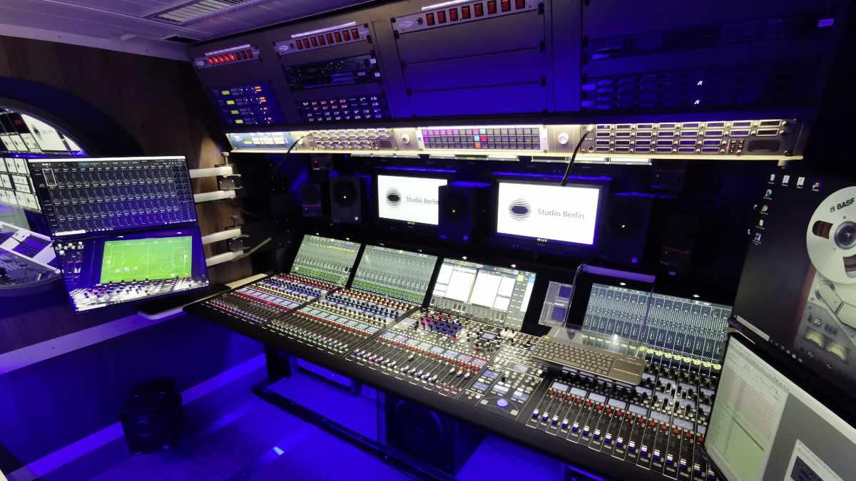 Studio Berlin erweitert Ü-Wagenflotte mit dem Ü10