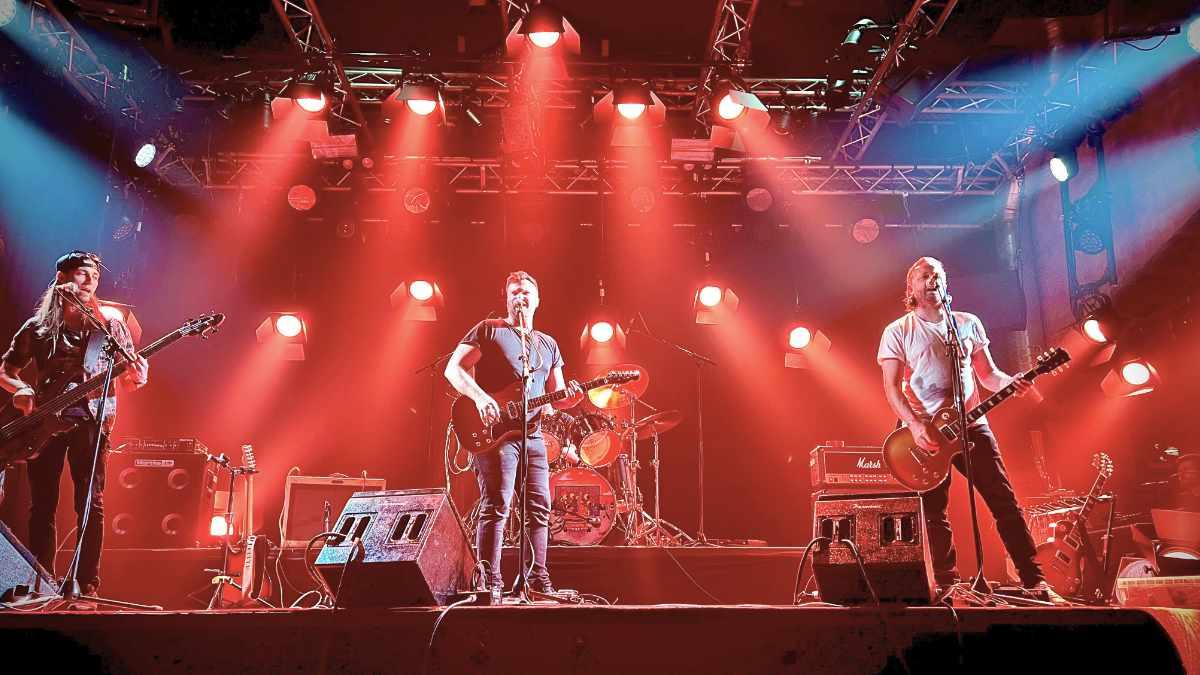 Martin VDO Atomic Bold beim Crossroads Festival